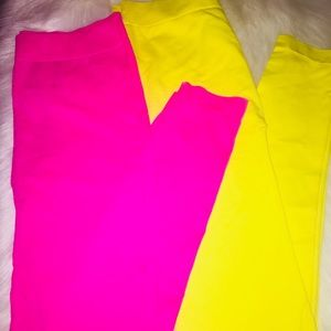 2 pair of Girl leggings